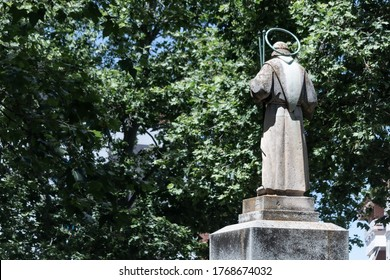Saint Anthony of Padova statue at Ávila, Spain