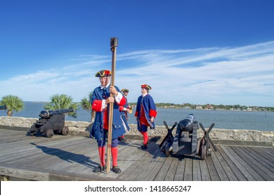 Saint Augustine, Florida, The United State - Nov 3, 2018 : The soldiers in traditional Spanish Cloths show to shooting cannon at the Castillo San Marcos is one of the oldest America cities.