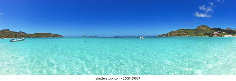 Saint Barthelemy (St Barth, St. Barths or St. Barts), Caribbean Sea, French West Indies, Greater Antilles: view of the breathtaking Saint Jean beach, the sandy bay next to the Gustaf III Airport