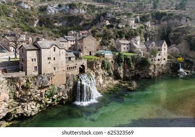 Saint Chely du Tarn, Gorges du Tarn (Lozere, Linguedoc-Roussillon, France), famous canyon at summer. Village, bridge, France