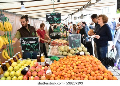 Saint Germain en Laye, France - june 12 2016 : the picturesque market in summer