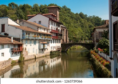 saint jean pied de port country where the path of compostela france begins