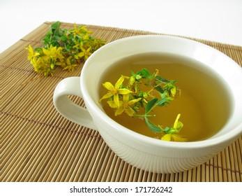 Saint John's wort tea, Hyperici herba