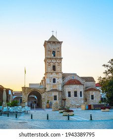 Kirche St. Lazarus in Larnaka bei Sonnenuntergang. Zypern