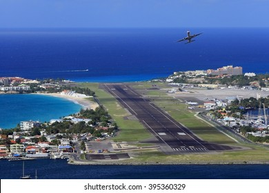 SAINT MARTIN-NOV 23: Princess Juliana Airport at St Martin Island, November 23, 2013