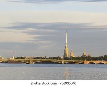 Saint Petersburg: Peter and Paul Fortress in the morning