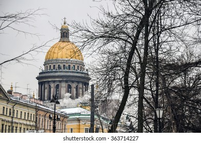 Saint Petersburg, Russia. A golden cupola of St. Isaac's Cathedral in St. Petersburg. Taken on 2015/01/09