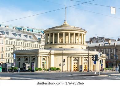 Saint Petersburg, Russia – June 18, 2017. Exterior view of the main entrance to Ploshchad Vosstaniya metro station at Vosstaniya Square in Saint Petersburg.