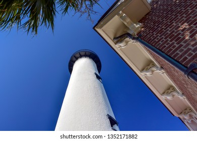 SAINT SIMONS ISLAND, GEORGIA, USA - NOV 18, 2016  The St. Simons Island Light, a lighthouse and museum, is a major tourist attraction and a charming favorite among locals in the Golden Isles.