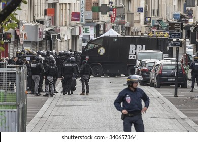 SAINT-DENIS near Paris, FRANCE - NOVEMBER 18, 2015 : intervention of the French anti-terrorist force to stop the radical Islamists involved in the terrorist attacks in Paris on 13 November 2015.