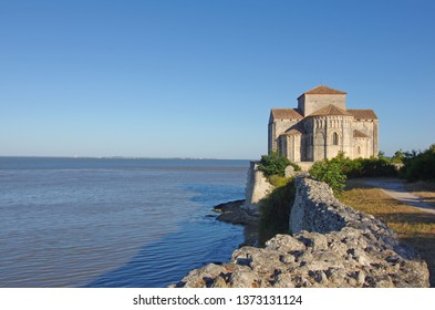 Sainte Radegonde church, located in the south west of France, overlooks the Gironde estuary