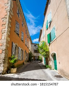 Saint-Miter-les-Remparts, medieval village of Bouches-du-Rhône in the Occitanie region.