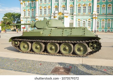 SAINT-PETERSBURG, RUSSIA - JUNE 22, 2016: Medium soviet tank T-34 of times of World War II on the military-patriotic action, dedicated to the Day of Memory and Grief on Palace Square