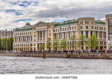 """SAINT-PETERSBURG, RUSSIA - MAY 26, 2017: Oil Company LUKOIL office center in saint-Petersburg which house of its largest divisions - """"LUKOIL-Severo-Zapadnefteprodukt"""""""