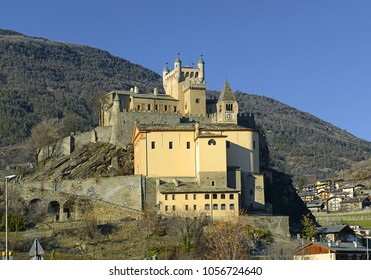 Saint-Pierre (Aosta valley, Italy) - The castle and church