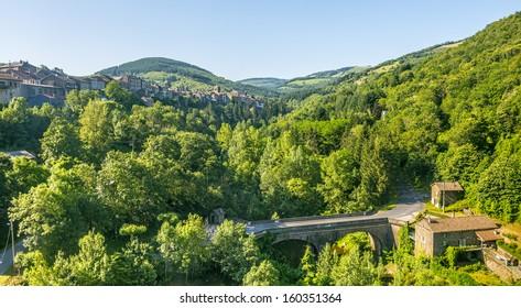 Saint-Sernin-sur-Rance (Aveyron, Midi-Pyrenees, France) - View of the city