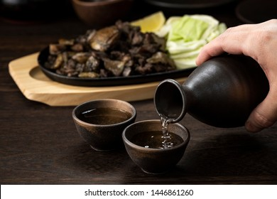 Sake and charcoal grilled chicken
