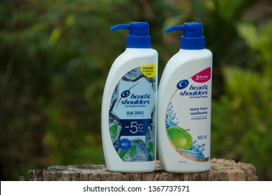 Sakon Nakhon,Thailand,April 07,2019:Head & Shoulders,Head & Shoulders cool menthol shampoo,Is a cold shampoo Good dandruff removal Therefore is very popular And the best seller in Thailand,Thailand.