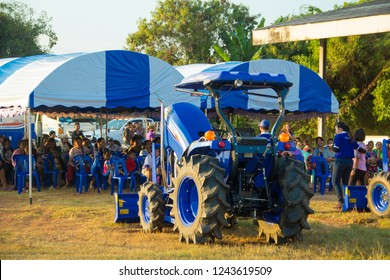 Kubota Tractor Images, Stock Photos & Vectors | Shutterstock