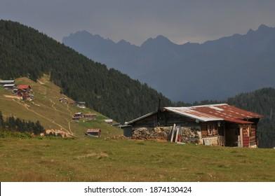Sal Plateau in Rize in Camlihemsin, Sal highland in the Black Sea and Turkey