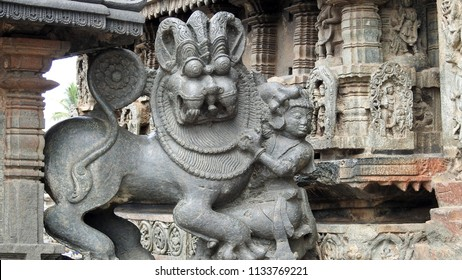 Sala fighting the Lion, the emblem of the Hoysala Empire at Chennakeshava Temple, Belur, Hassan District of Karnataka state, India. It was commissioned by Hoysala Empire King Vishnuvardhana in 1117.