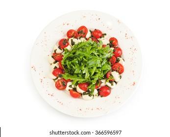 Salad with arugula and mozzarella