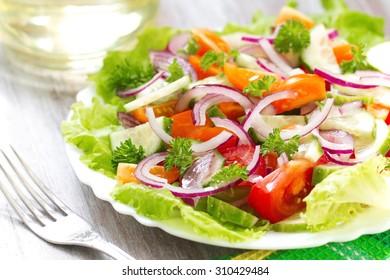 Salad made of fresh vegetables