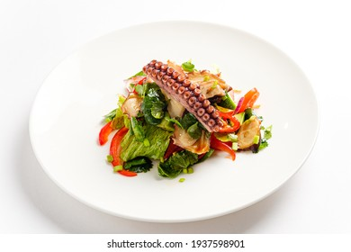 salad with octopus and lime