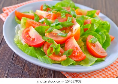 salad from tomato