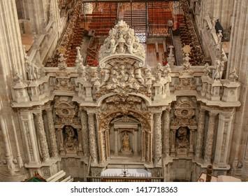 Salamanca,  Castile and León / Spain Aug 2011 Wonderful interior of Salamanca new cathedral