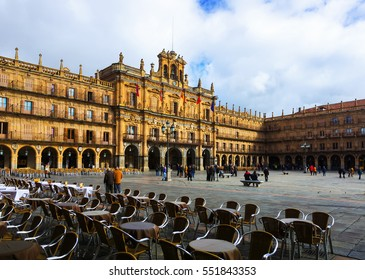 SALAMANCA, SPAIN - NOVEMBER 17, 2014: Plaza Mayor of Baroque style, designed by architects Alberto and Nicolas ChurrigueraIt is old centre of  city