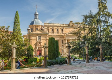 SALAMANCA, SPAIN - OCTOBER, 2016: cityscape. view of square in the front of University of Salamanca, building of the Faculty of Philology near  New Cathedral (Catedral Nueva) in Salamanca, Spain.