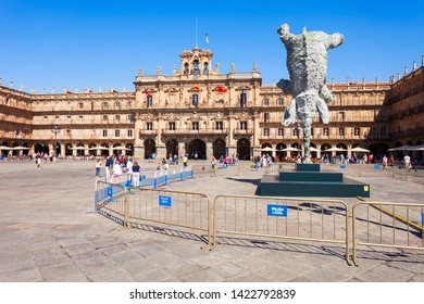 SALAMANCA, SPAIN - SEPTEMBER 22, 2017: The Plaza Mayor or Main Square is a large plaza located in the center of Salamanca, used as a public square, Spain