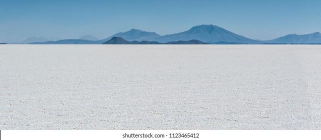 Salar de Uyuni is largest salt flat in the World UNESCO World Heritage Site - Altiplano, Bolivia, South America