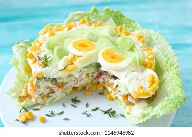 Salat torte wirh vegetable, egs und ham