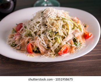 SALATE MEAL WITH FISH AND CHEESE