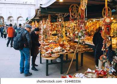 SALBURG, AUSTRIA - DECEMBER 25: Salzburg christmas market on December 25, 2015 in Salzburg, Austria. Christmas in Europe.