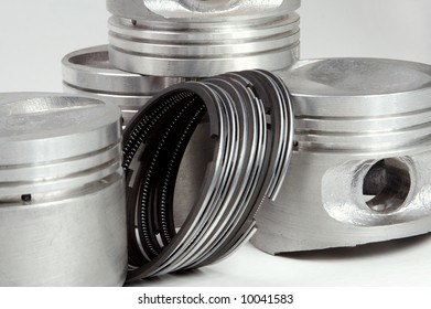 Sale of spare parts for the automobile it is favourable business