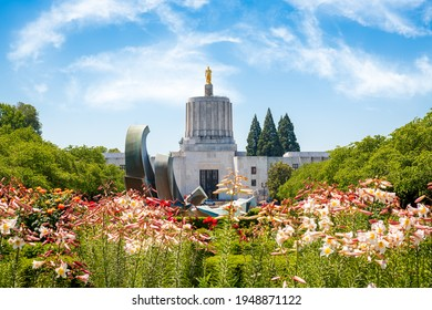 Salem, Oregon, USA at the State Capitol and garden.