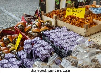 Sales stall with fresh fruits at Viktualienmarkt in Munich, the Viktualienmarkt is a typical farmer's market