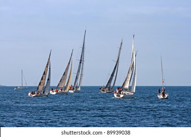 Saling boats on the boat race