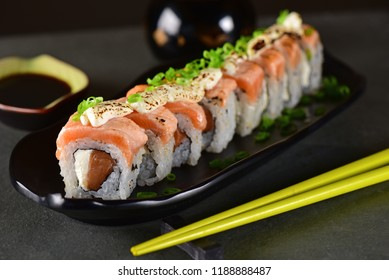 Salmon and cream cheese sushi