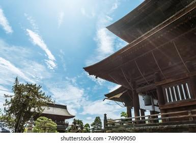 The salmon gate of Zenko-ji temple