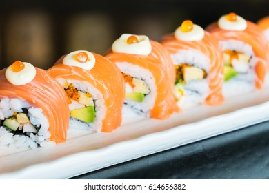 Salmon sushi roll - Japanese food style