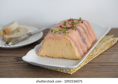 Salmon terrine with cranberry