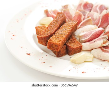 Salo with croutons
