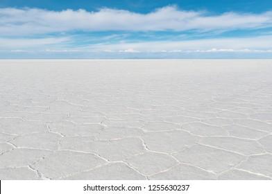 The salt flat of Uyuni (Salar de Uyuni) in the altiplano of Bolivia near the mining town of Uyuni.