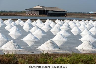 Salt storage and salt pile in the field