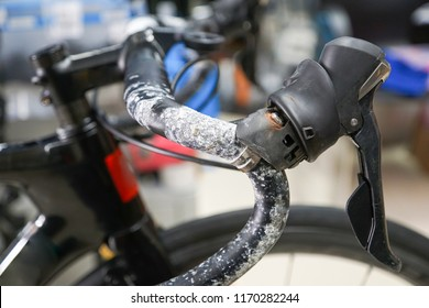 Salt from sweat of a cyclist destroying aluminum road bike handlebar