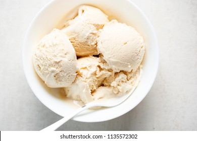 Salted caramel ice cream. Healthy Ice cream with Lucuma, Peruvian fruit with natural caramel-like taste, coconut oil & stevia